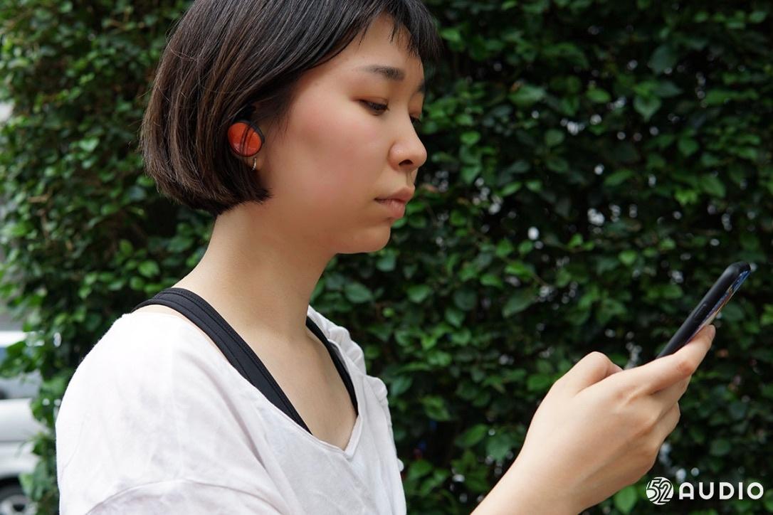 BOSE SOUNDSPORT FREE使用体验:时尚运动外观,佩戴稳固-我爱音频网