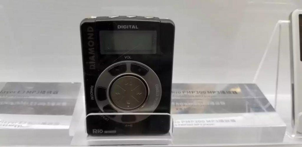 走进存储历史博物馆:这些磁带机、CD机、mp3你有用过么?满满都是回忆-我爱音频网