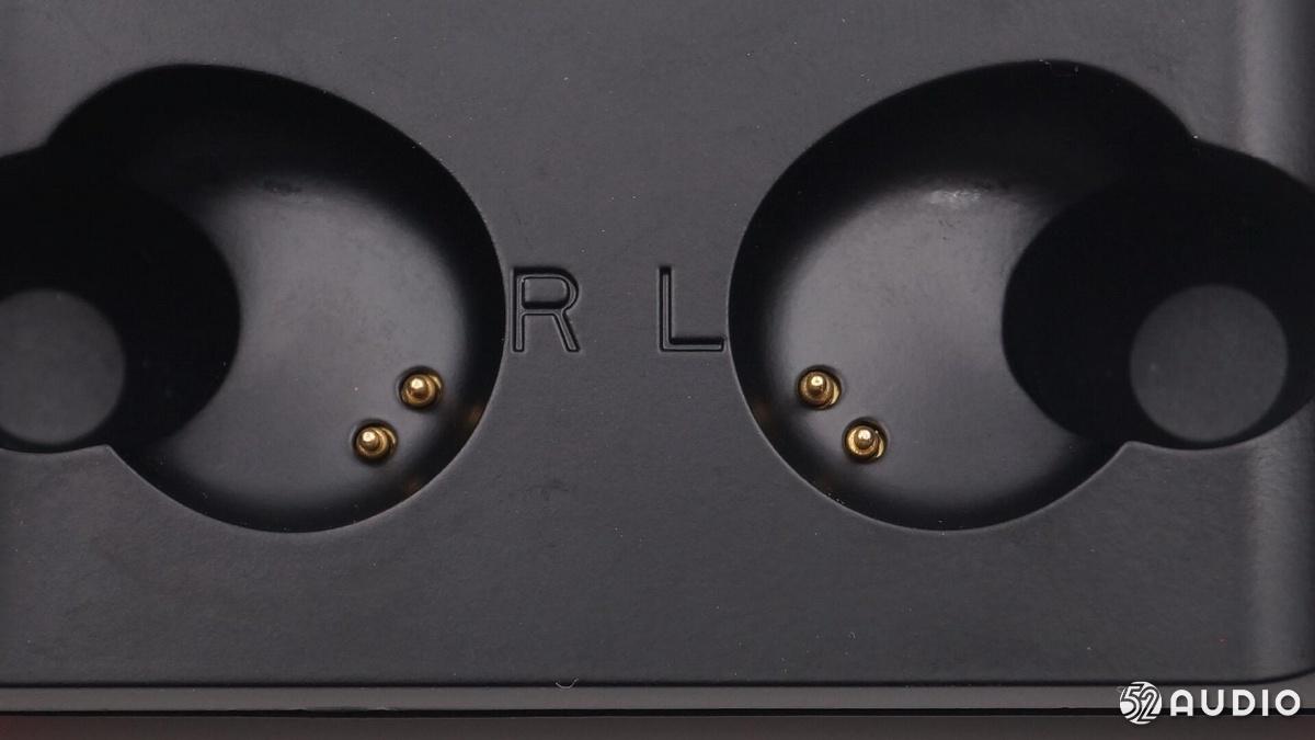 拆解报告:搭载PIXART原相方案的TWS真无线蓝牙耳机-我爱音频网