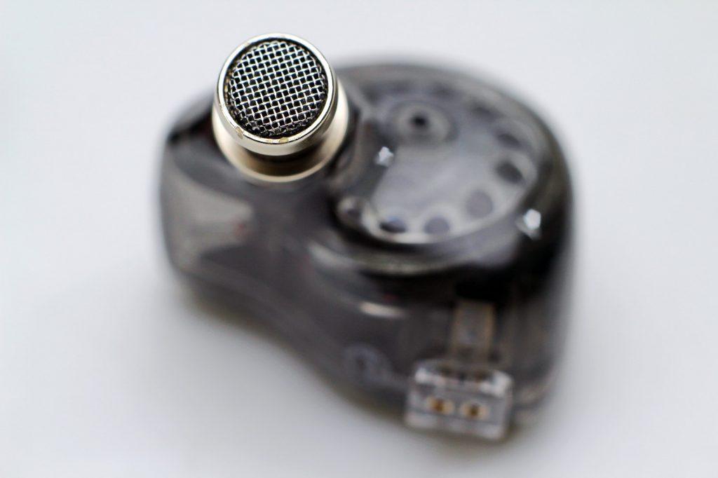 粉丝试用精选:平价也发烧——JadeAudio翡声EA3圈铁(楼氏)混合两单元可换线HiFi耳机-我爱音频网