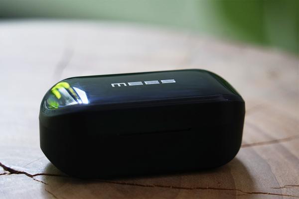 精致轻巧超长续航,趣味声卡3D环绕音效,MEES迈斯 A5 真无线耳机体验评测-我爱音频网