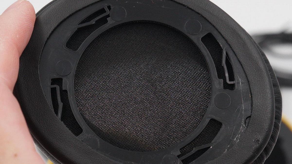 拆解报告:NINETEC Probeat Studio头戴式有线耳机-我爱音频网
